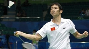 Nguyen Tien Minh was surprisingly crashed out  from the first round of the 2013 Badminton Asia Championships in Taipei