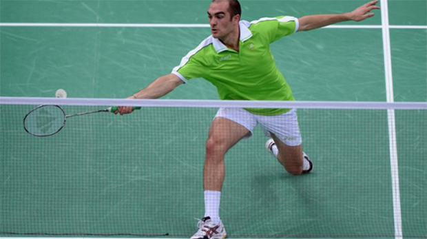 Scott Evans wins, Chloe Magee loses opening match in Baku