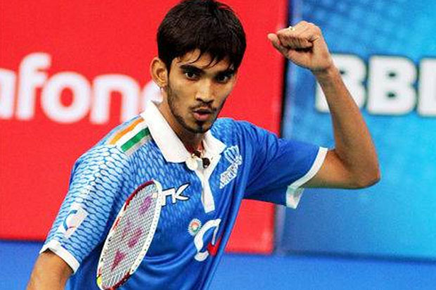 Kidambi Srikanth gets words of encouragement from cricket legend
