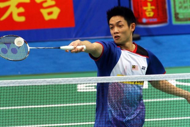Liew Daren was on top of his game to beat Singapore's Derek Wong 21-13, 21-13.