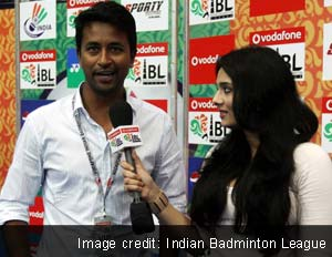 India Test cricketer Pragyan Ojha and TV anchor Mayanti Langer