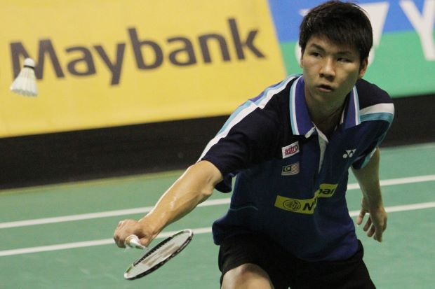 Malaysian Open GP Gold winner Goh Soon Huat conceded a walkover to Reksy Aureza Megananda after trailing 18-21, 9-15 in the second round.