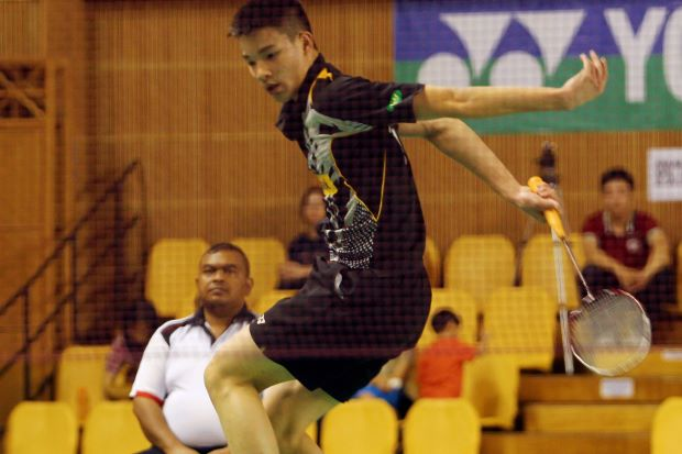 Malaysia's Soo Teck Zhi beat his second round foe, Mexico's Luis Garrid, in just 23 minutes to enter the third round of the boy's singles event where he will face Taiwan's Yang Sheng-Jie for a place in the quarter-finals.