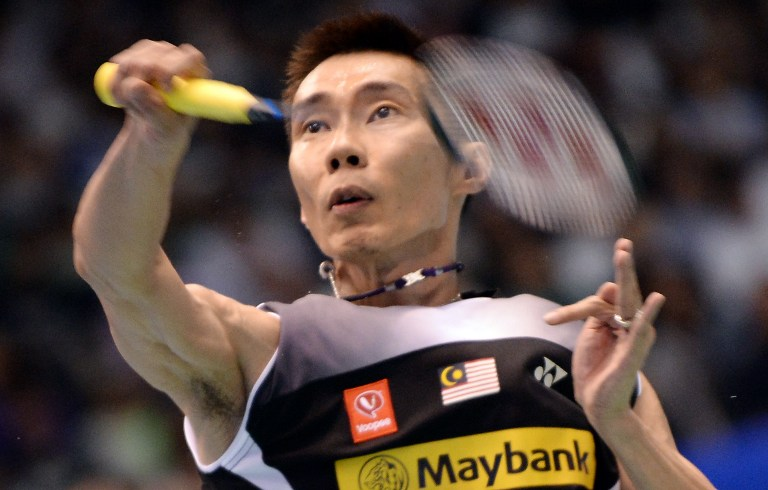 Lee Chong Wei returns to training with friends