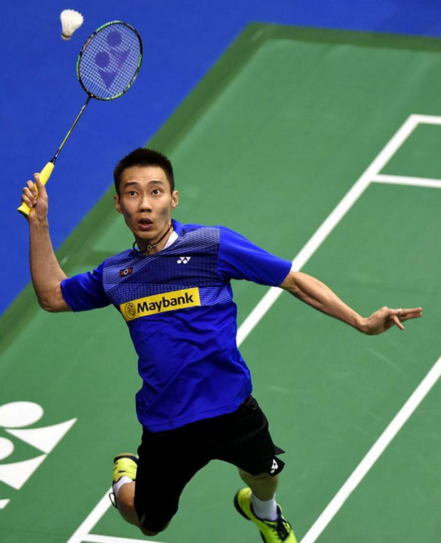 Hong Kong Open: Lee Chong Wei sets up Chen Long clash as Lin Dan exits