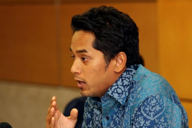 Youth and Sports Minister Khairy Jamaluddin speaking to the media after chairing the post-mortem of the Myanmar SEA Games. He wants to meet BAM next week to discuss their future.